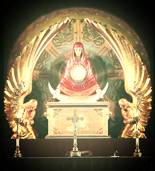 Mary+Ark+of+the+Covenant+Monstrance.jpg
