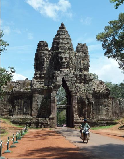 stupa head 3