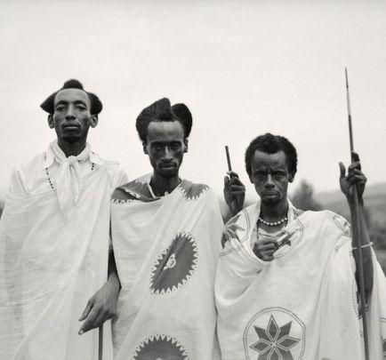 tutsi men