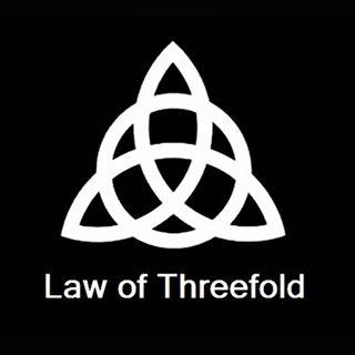 threefold triquetra