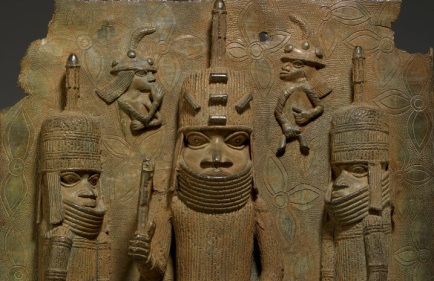 oba plaque benin bronze yoruba stupa crown