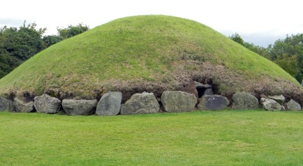Newgrange Tumulus of Ireland