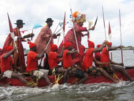 nigerian sailors boatmen