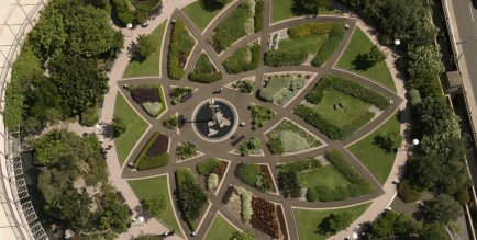 "Darling Park of Australia's ""Flat Earth Fountain"""